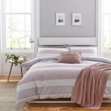 Newquay Pink Stripe Catherine Lansfield Duvet Set